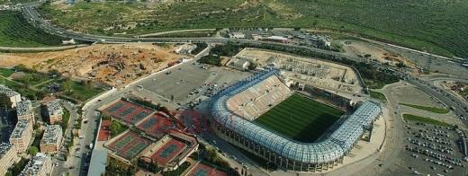 Estadio Teddy Kollek de Jerusalén, donde se jugará la final, a tan solo quinientos metros de la frontera trazada en 1949 que separa Israel de Cisjordania.