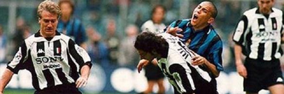 inter_juventus_ronaldo_iuliano_1998
