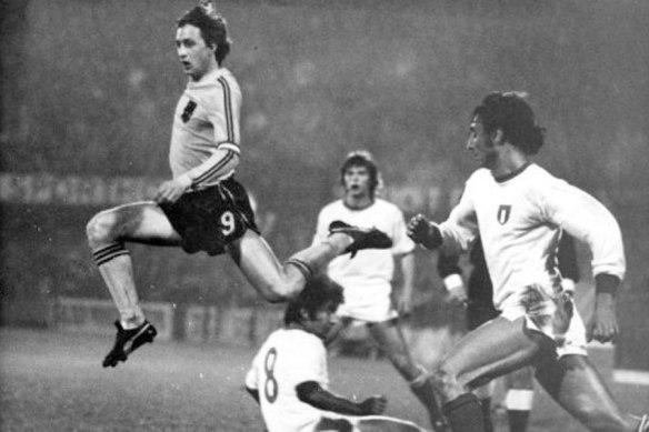 cruyff-italia-1976