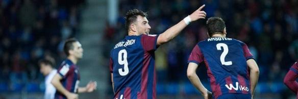 Eibar Real Sociedad Gol Sergi Enrich Ibon Goikoetxea Cordon Press PUBLICATIONxINxGERxSUIxAUTxHUNxO